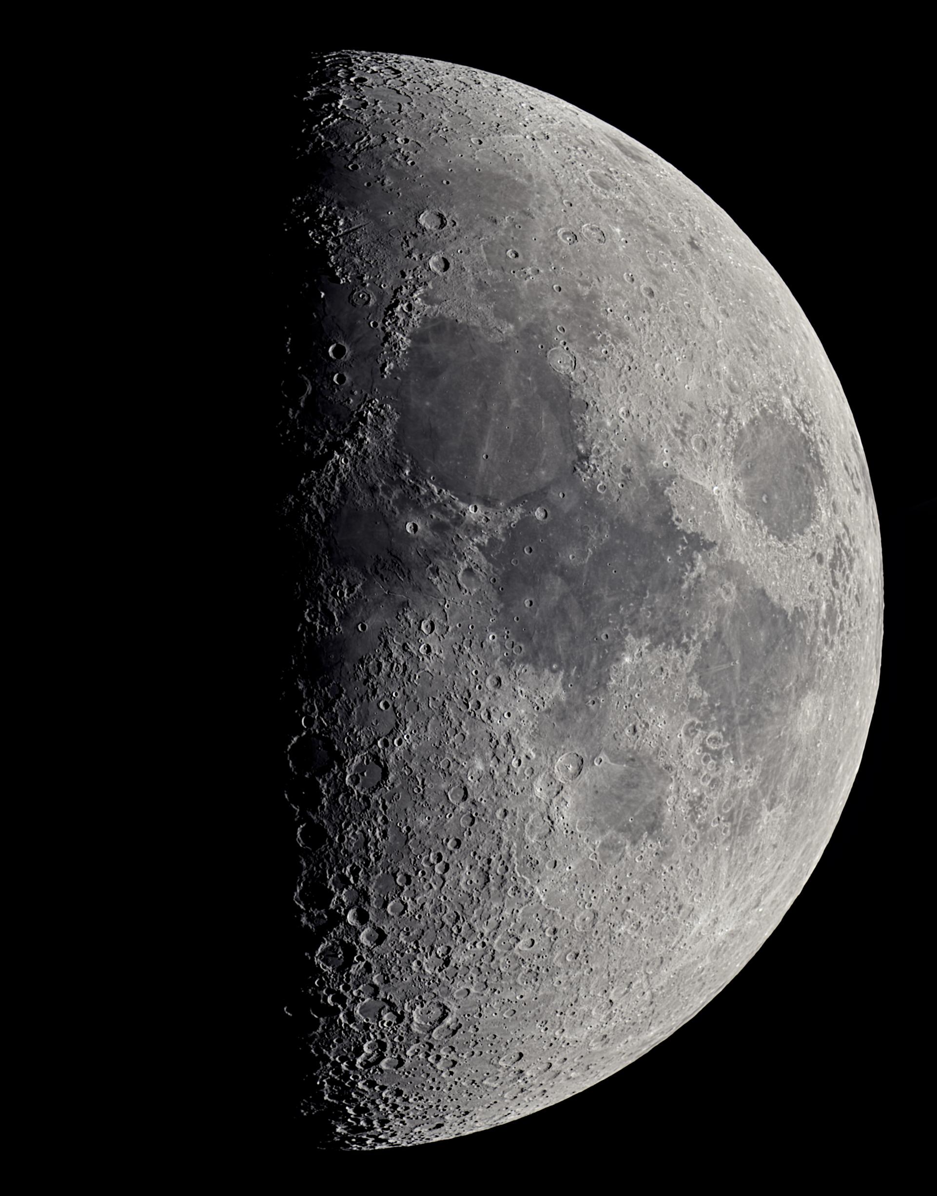 Mond 7.8 Tage (ca. 29° über dem Horizont)